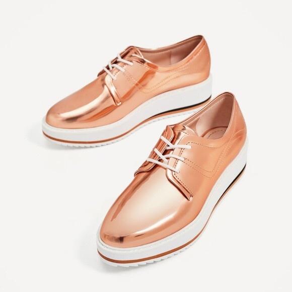 e1abb144618f Zara Rose Gold Platform Sneakers. M 5aa5f3b09a9455308af586a0